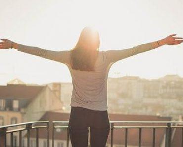 धूप पर कविता :- सुनहरी धूप | धूप के महत्त्व पर कविता | Dhoop Poem In Hindi